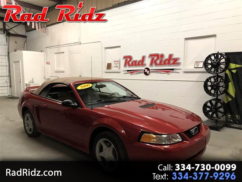 2000 Ford Mustang 2dr Conv GT