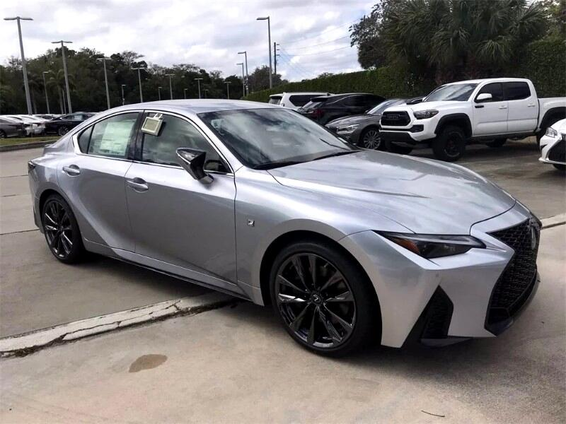 Lexus IS 350  2021