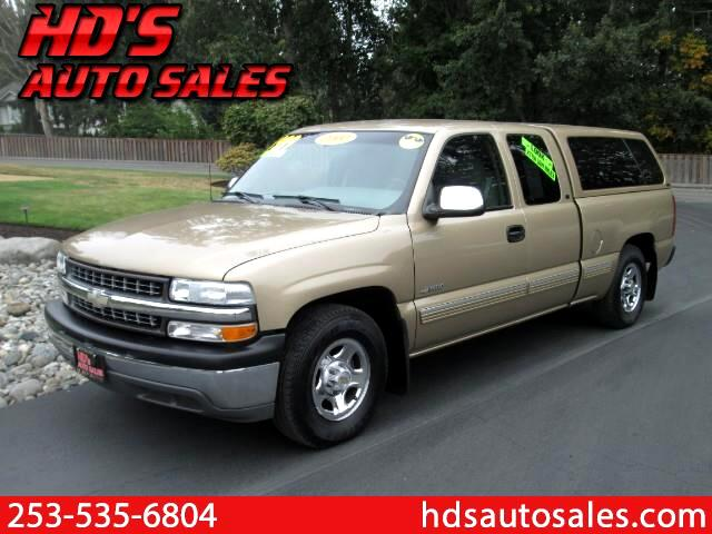 2000 Chevrolet Silverado 1500 LS Ext. Cab 3-Door Short Bed 2WD