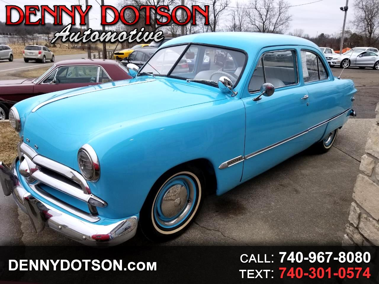 1949 Ford Custom 2dr Coupe