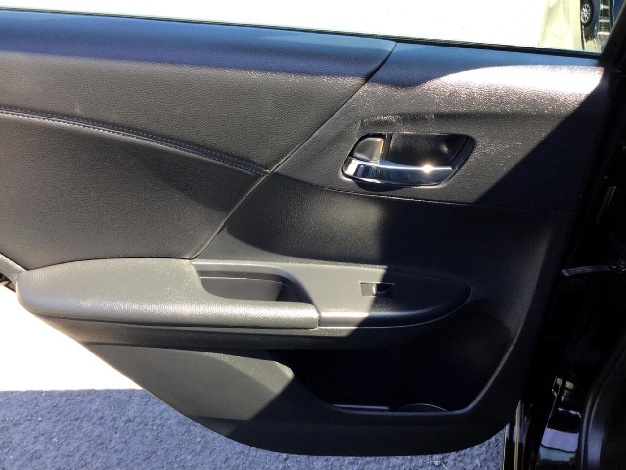 2016 Honda Accord EX-L Sedan CVT w/ Honda Sensing