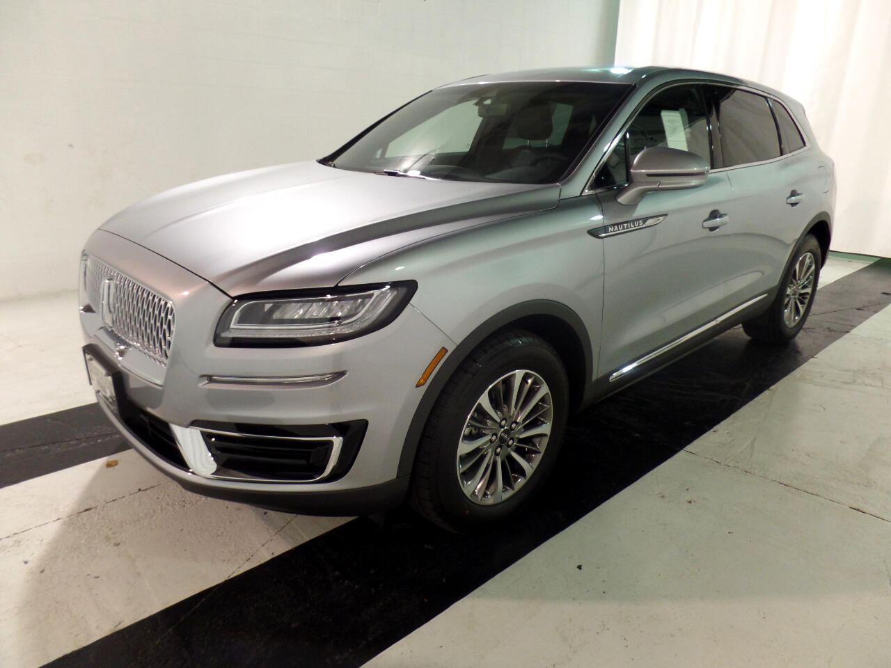 Lincoln Nautilus Standard FWD 2020
