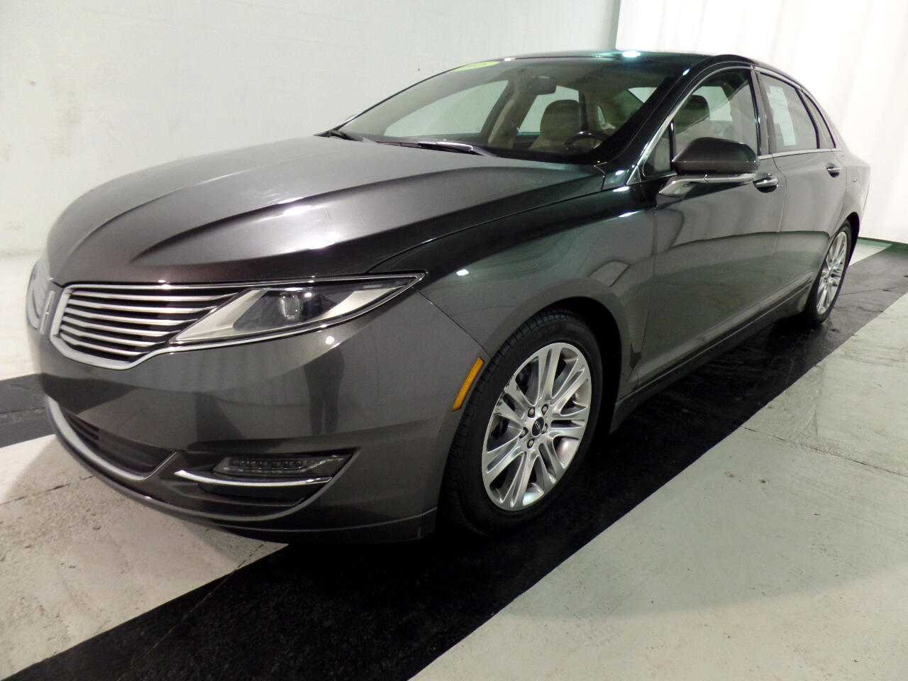 Lincoln MKZ 4dr Sdn FWD 2015