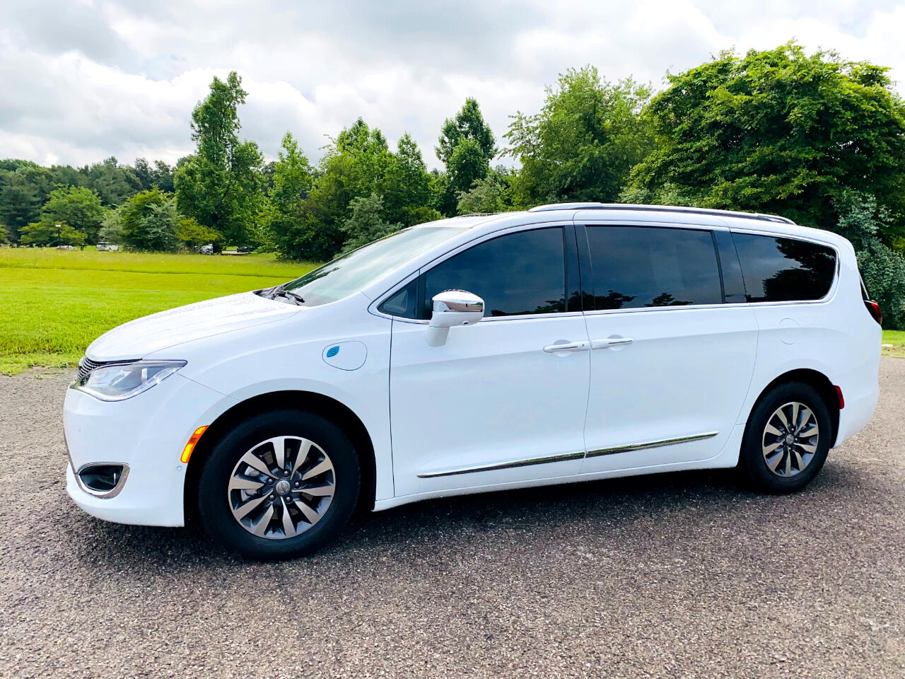 Chrysler Pacifica Hybrid Limited FWD 2020