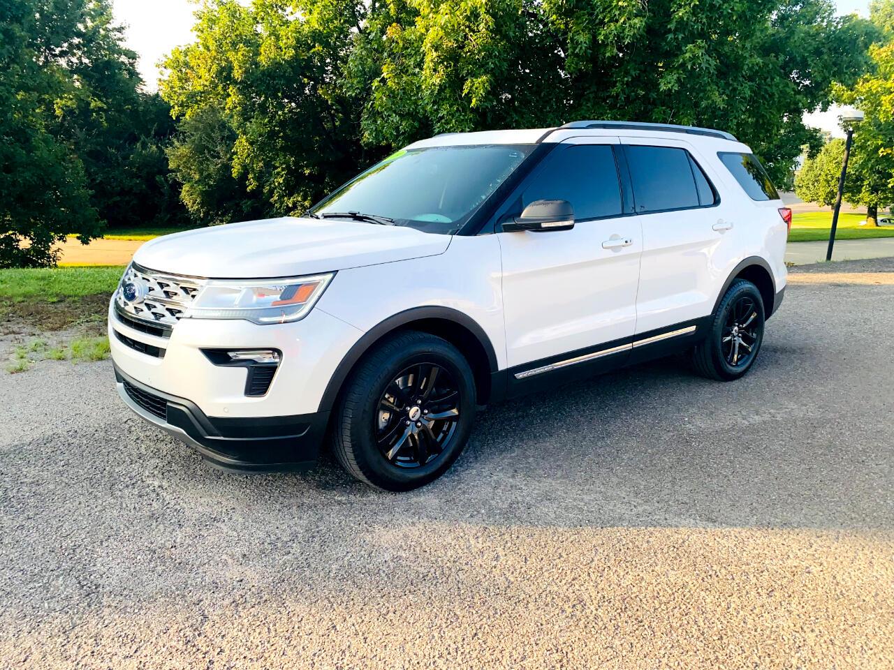 Ford Explorer XLT 4WD 2019
