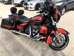2017 Harley-Davidson FLHXSE