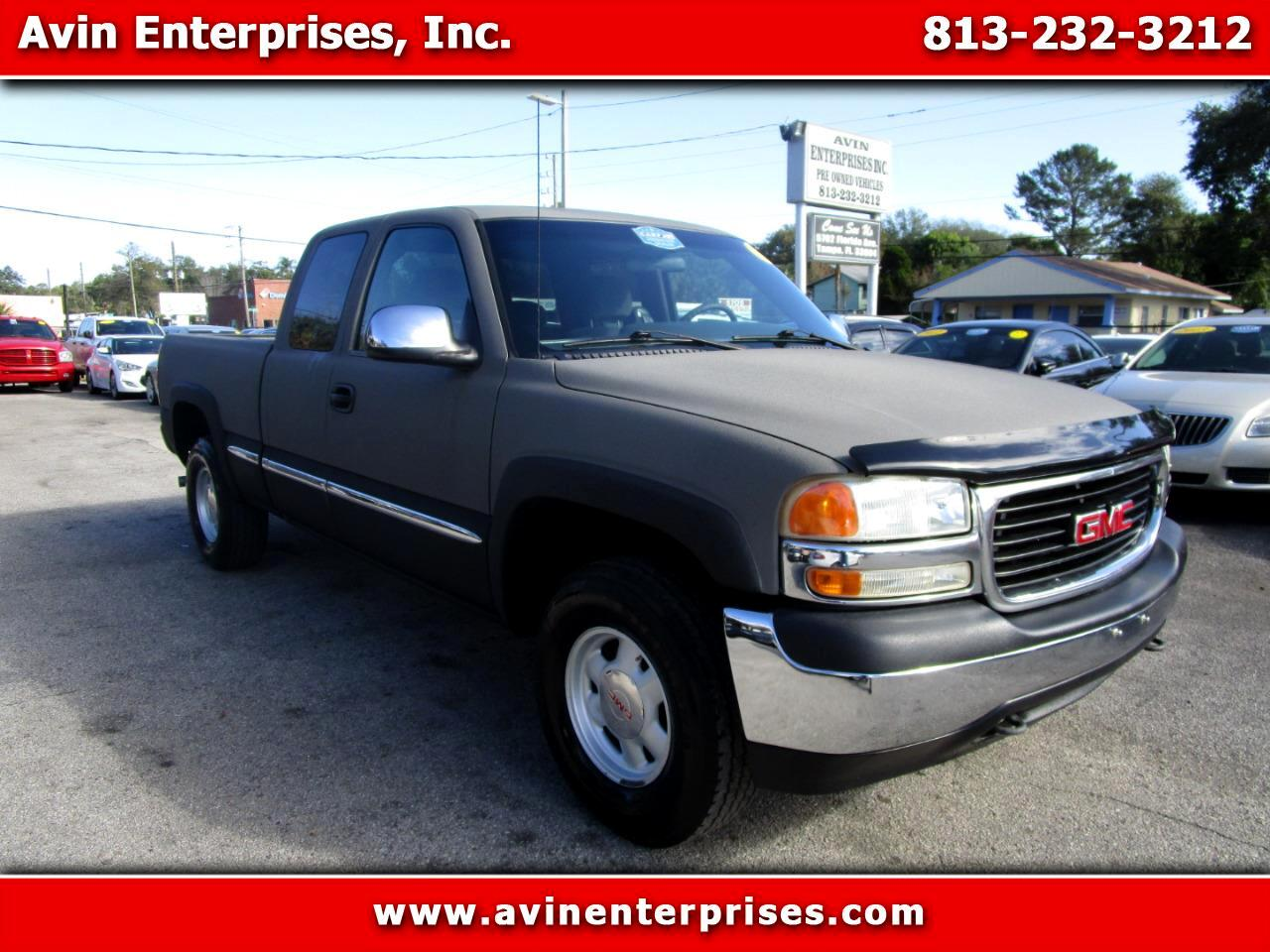 GMC Sierra 1500 SL Ext. Cab 3-Door Short Bed 4WD 2000