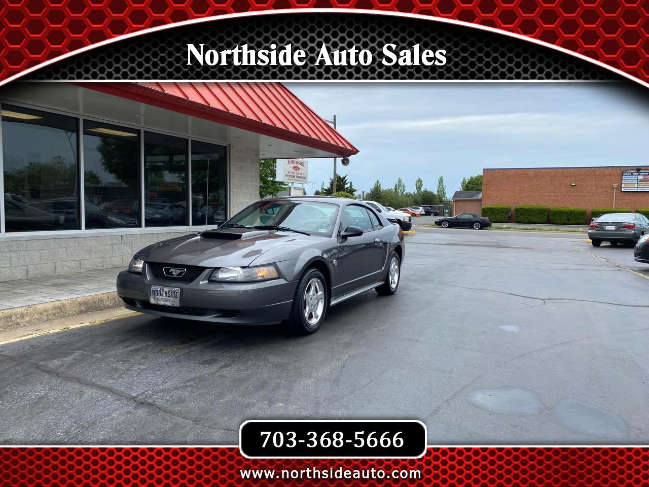 Ford Mustang Premium Coupe 2004
