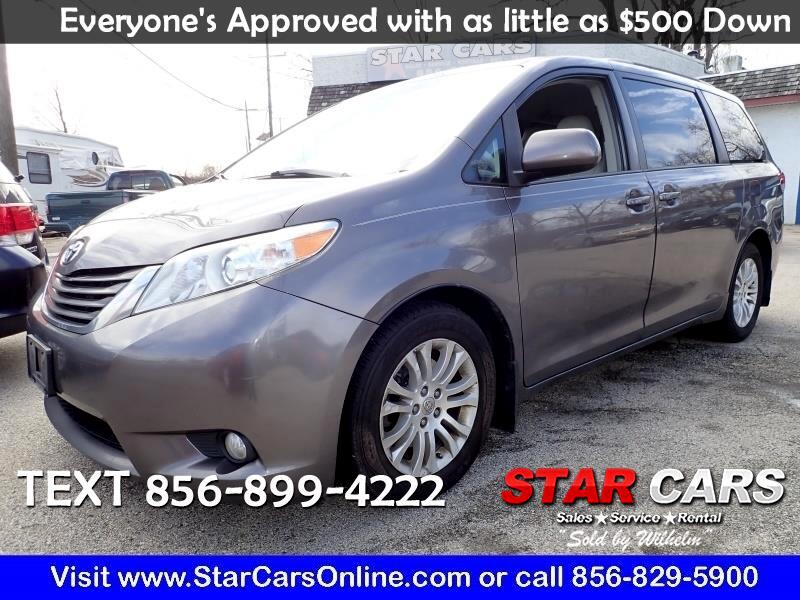 Toyota Sienna 5dr 7-Pass Van V6 XLE AAS FWD (Natl) 2013