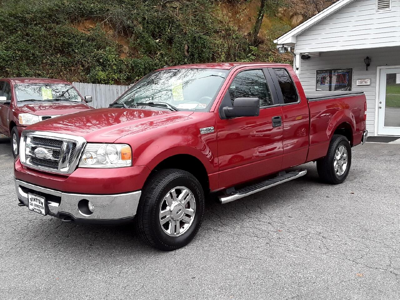 "Ford F-150 4WD SuperCab 133"" XLT 2008"