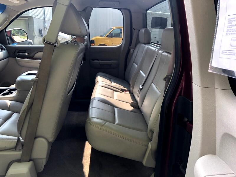 Chevrolet Silverado 2500 LT Ext. Cab 4-Door Short Bed 4WD 2008