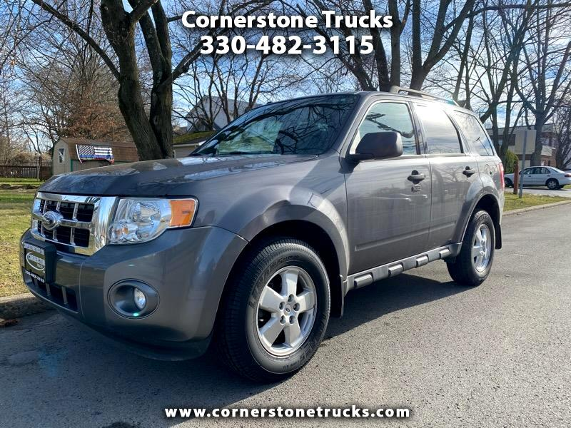 "Ford Escape 4dr 103"" WB 3.0L XLT 2012"