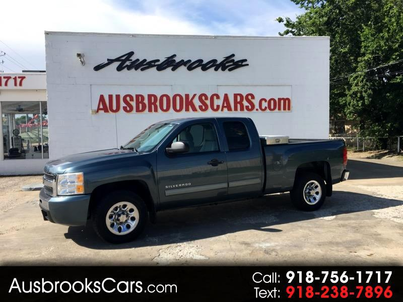 2011 Chevrolet Silverado 1500 LT Ext. Cab Short Bed 2WD