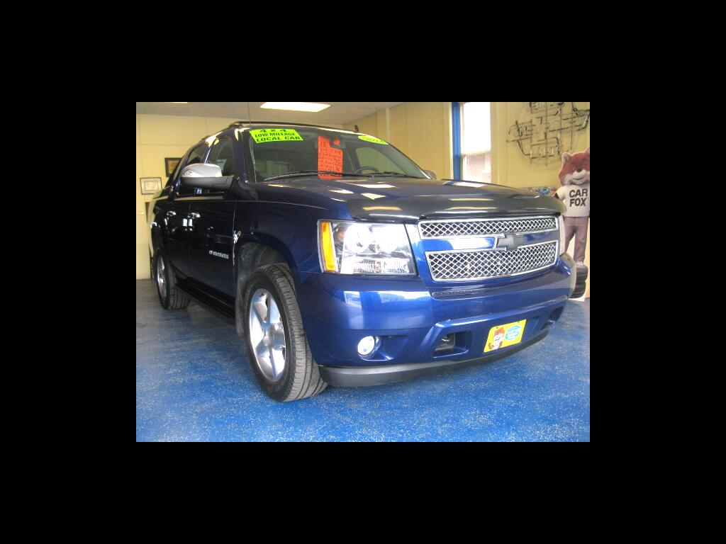 2013 Chevrolet Avalanche LS 4WD