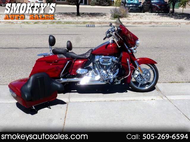 2016 Harley-Davidson Street Glide CVO STREETGLIDE
