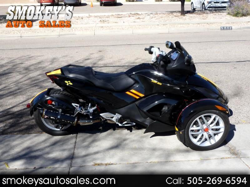 2015 Can-Am Spyder Roadster