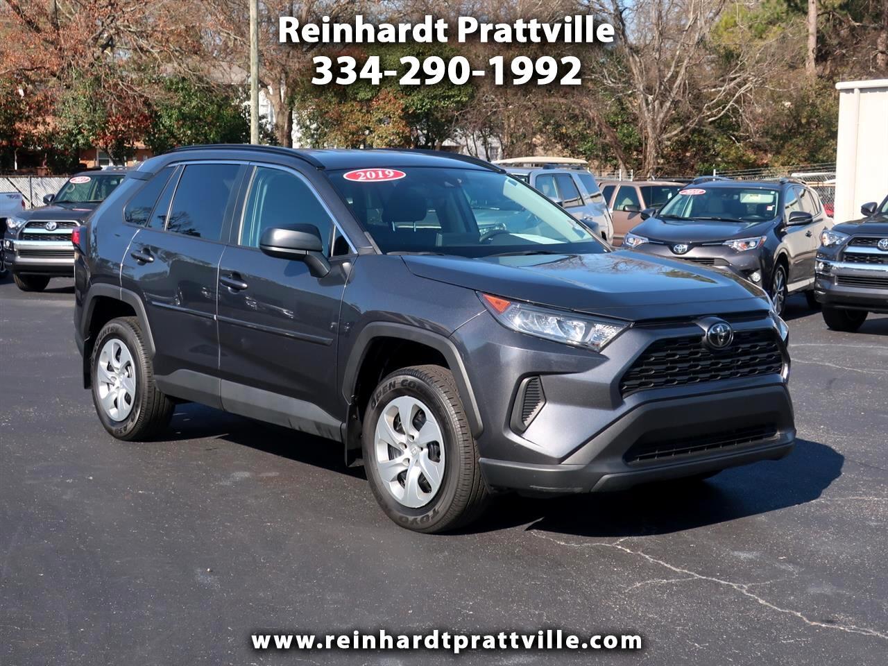 Toyota RAV4 LE FWD (Natl) 2019