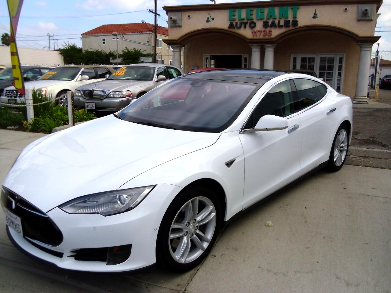 2016 Tesla Model S 4dr Sdn RWD 70 kWh Battery