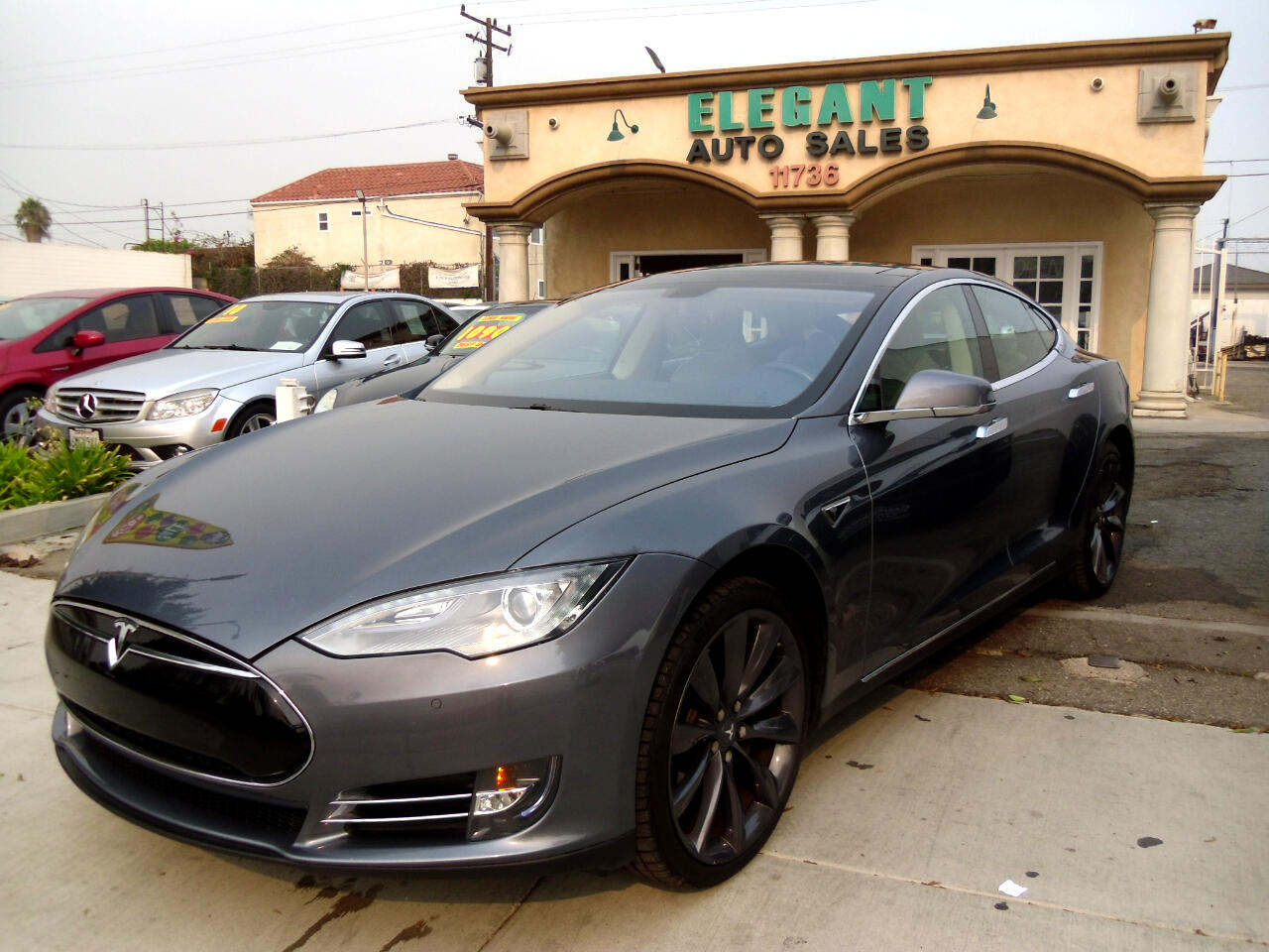Tesla Model S 4dr Sdn 85 kWh Battery 2014