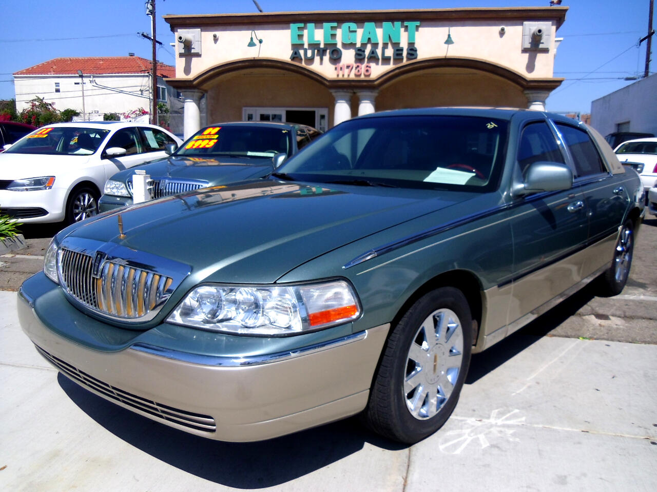 Lincoln Town Car 4dr Sdn Signature Limited 2005