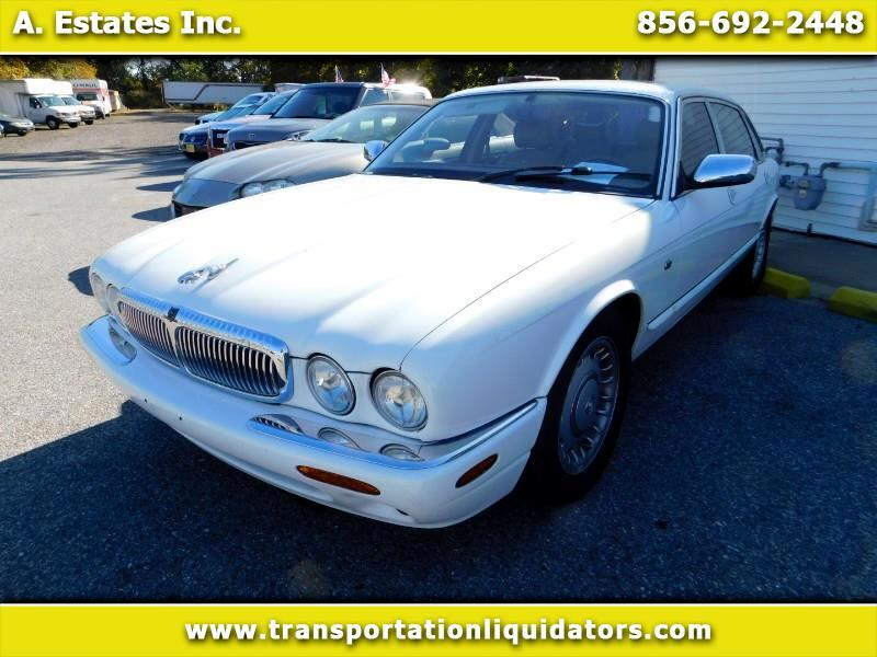1999 Jaguar XJ Sedan Vanden Plas