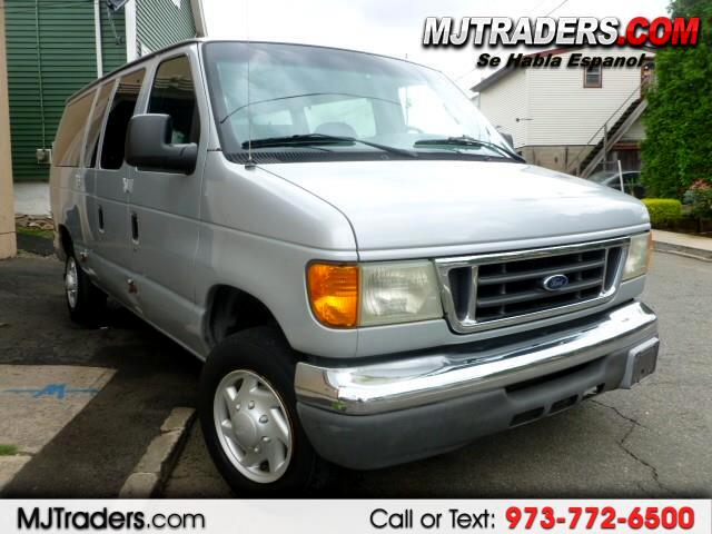 2004 Ford Econoline E-350 XL Super Duty