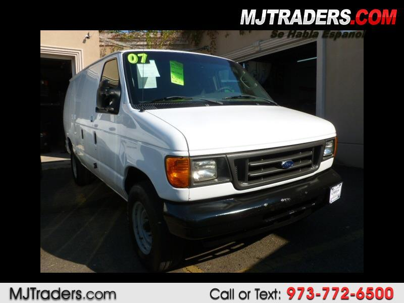 Ford Econoline E-350 Super Duty 2007