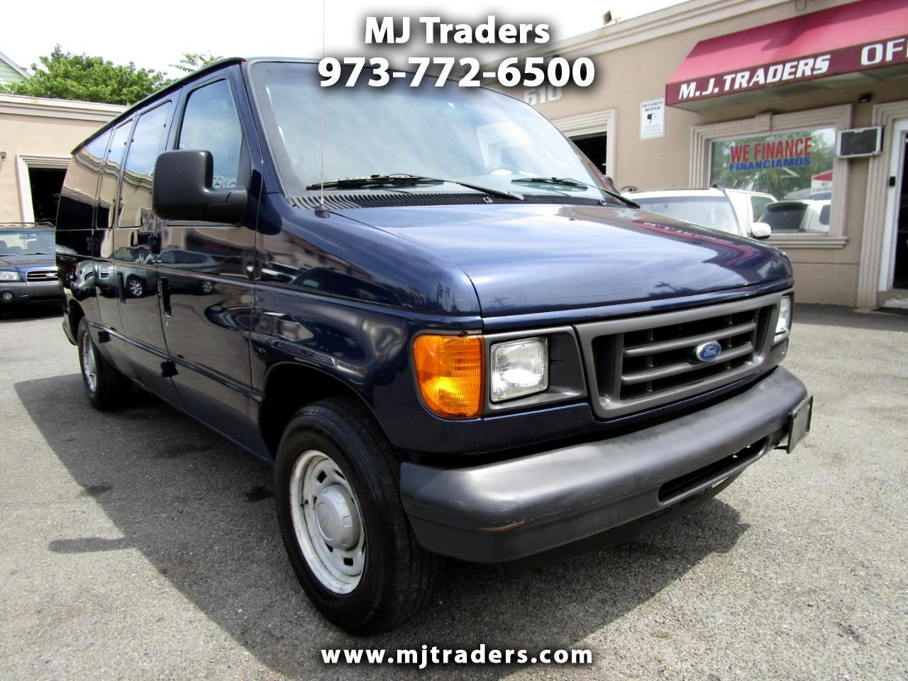 Ford Econoline E-150 2005