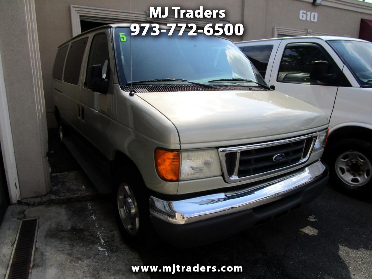 Ford Econoline E-150 XL 2005