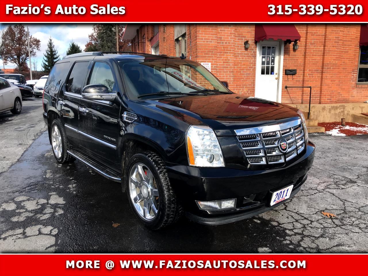 2011 Cadillac Escalade AWD 4dr Luxury