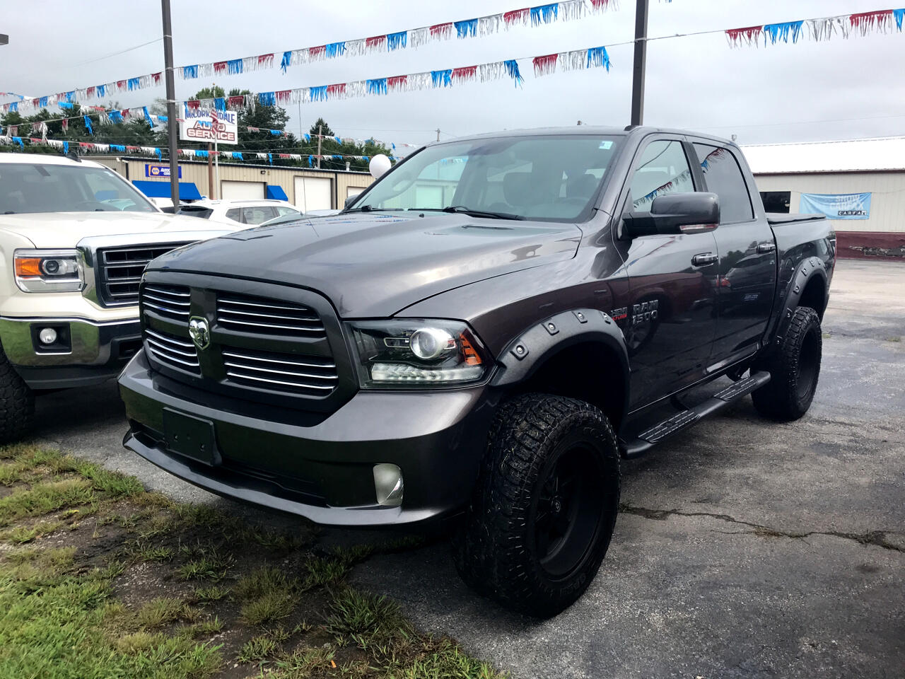 2014 RAM 1500 Sport Crew Cab 4WD LIFTED SUSPENSION