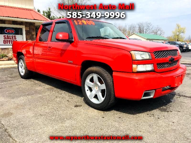 2005 Chevrolet Silverado 1500 SS Ext. Cab Short Bed AWD