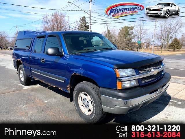 """2004 Chevrolet Silverado 1500 Ext Cab 143.5"""" WB 4WD"""