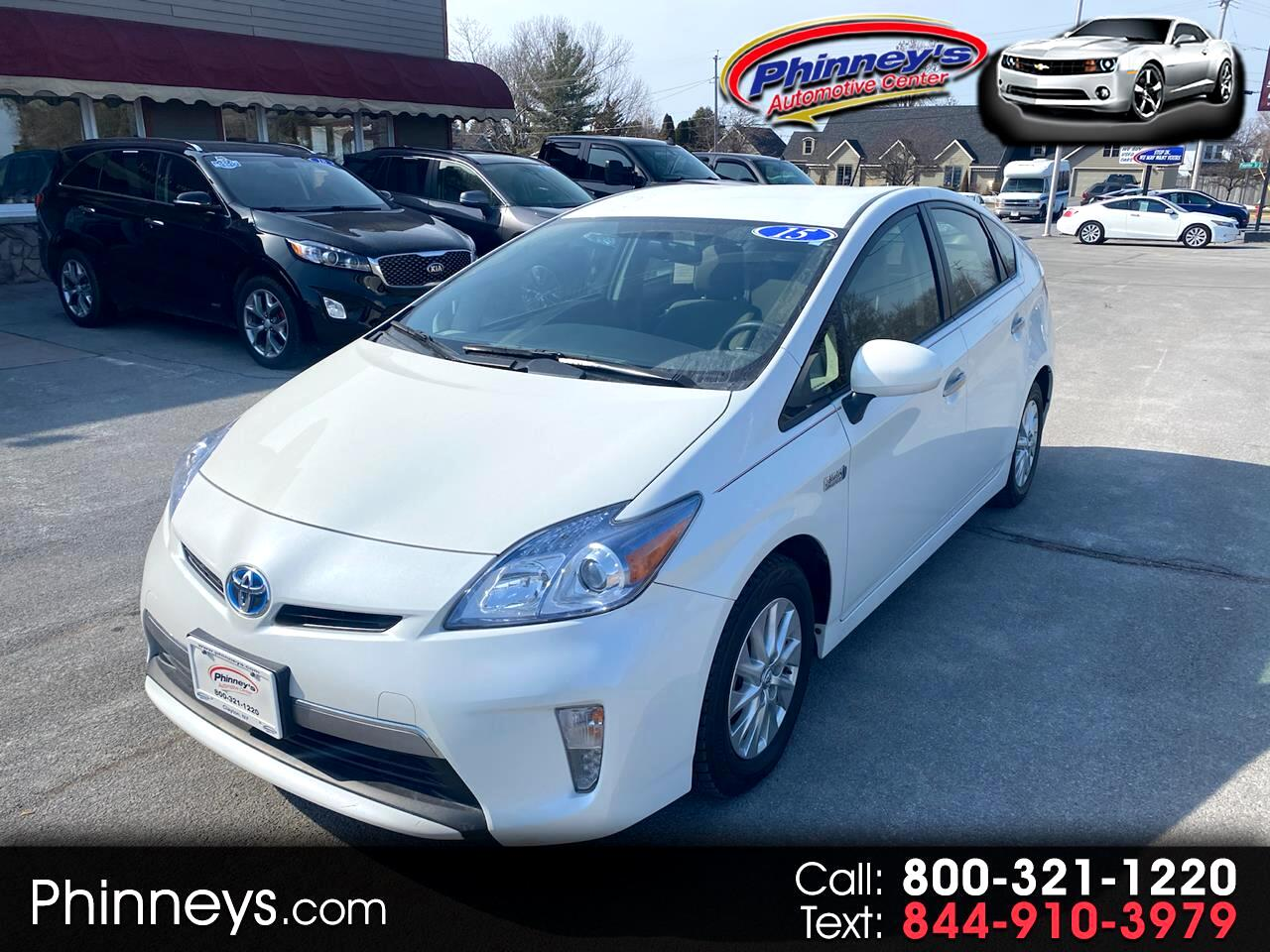 Toyota Prius Plug-In 5dr HB Advanced (Natl) 2015