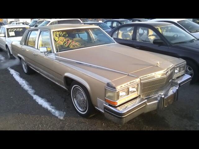 Cadillac Fleetwood Brougham Sedan 1985