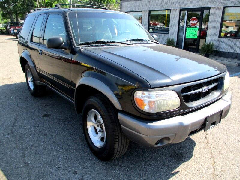 Ford Explorer Sport 2-Door 4WD 2000