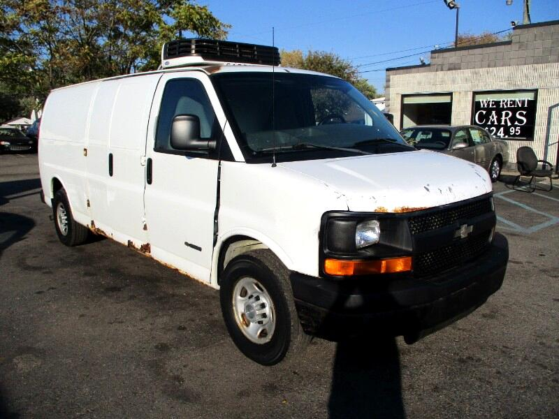 Chevrolet Express 2500 Extended Cargo 2004
