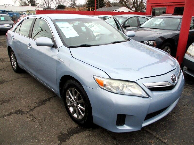 Toyota Camry Hybrid Sedan 2011