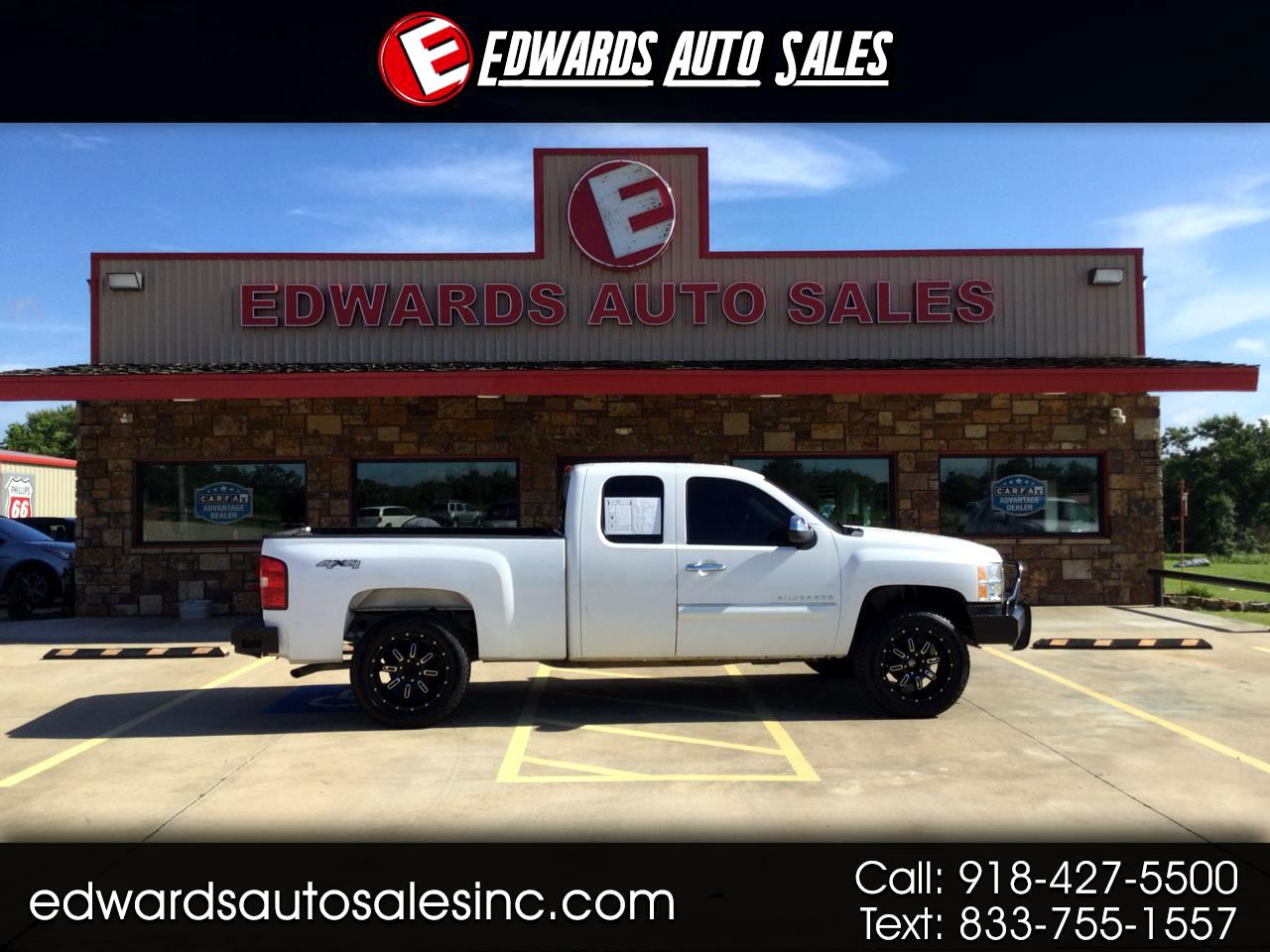 """Chevrolet Silverado 1500 4WD Ext Cab 143.5"""" LT 2012"""