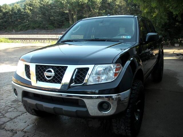 2011 Nissan Frontier SV CREW CAB 4WD
