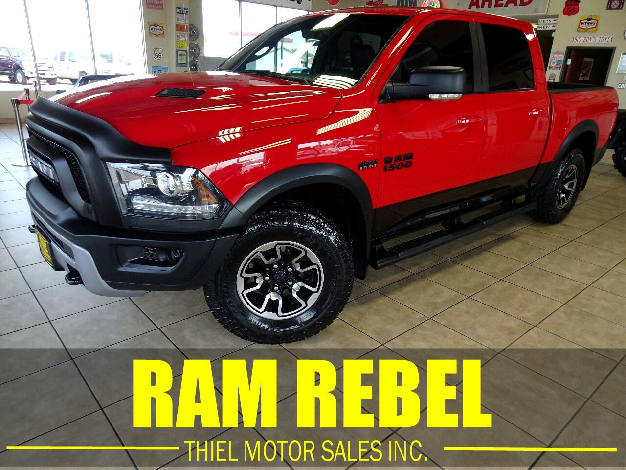 RAM 1500 Rebel Crew Cab SWB 4WD 2016
