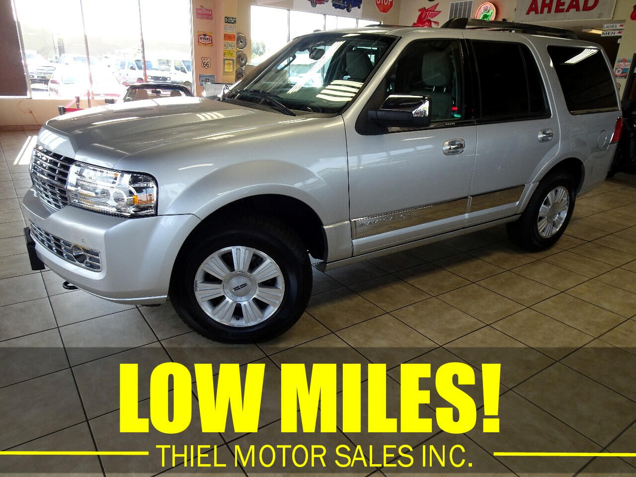 2010 Lincoln Navigator 4WD 4dr Ultimate