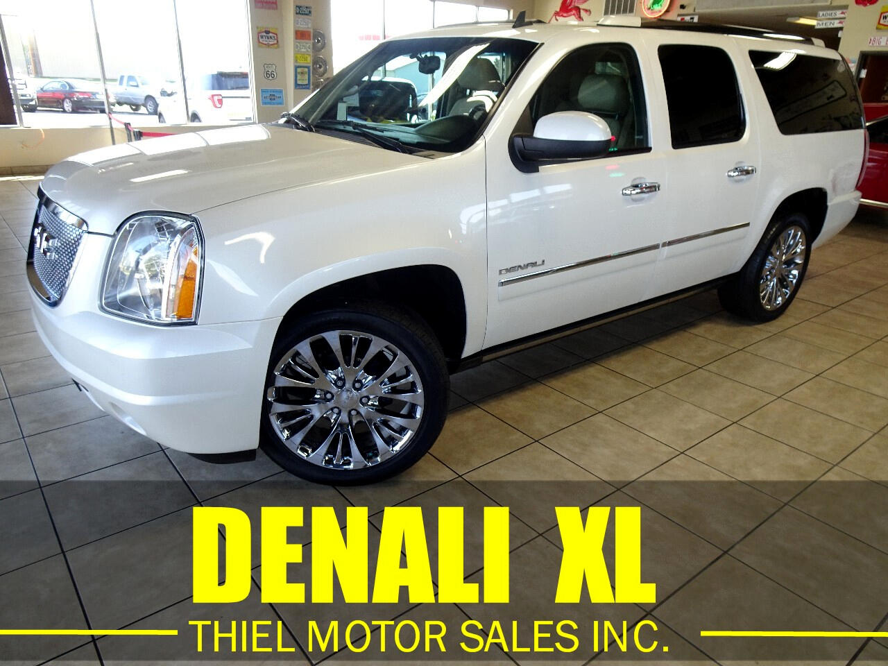 GMC Yukon Denali XL 4WD 2013