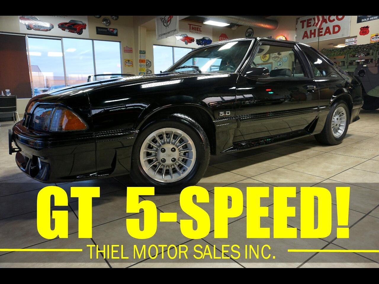 Ford Mustang GT hatchback 1990