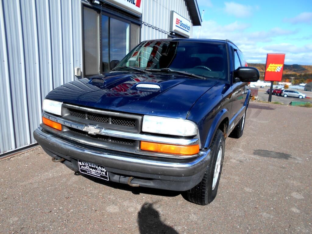 2000 Chevrolet Blazer 2dr 4WD LS