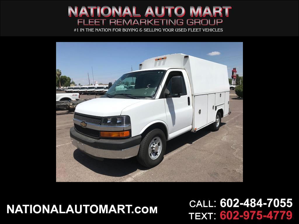 """2014 Chevrolet Express Commercial Cutaway 3500 Van 139"""""""