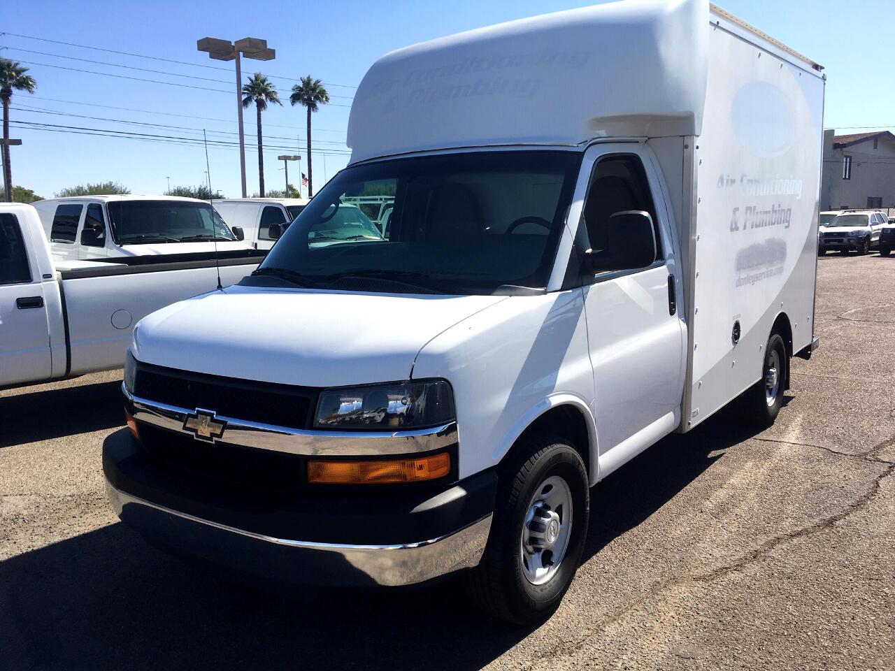 """Chevrolet Express Commercial Cutaway 3500 Van 139"""" 2015"""