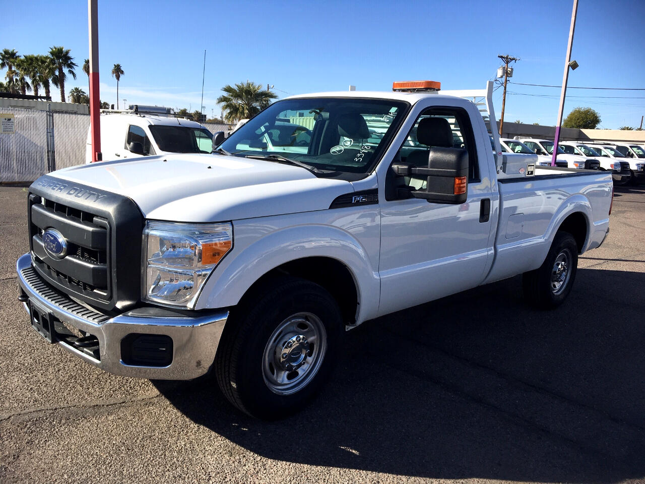 "Ford Super Duty F-250 SRW 2WD Reg Cab 137"" XL 2016"