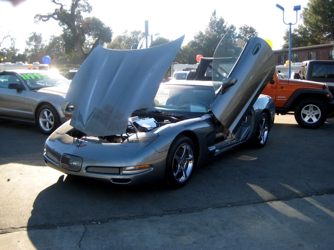 2004 Chevrolet Corvette 2dr Cpe