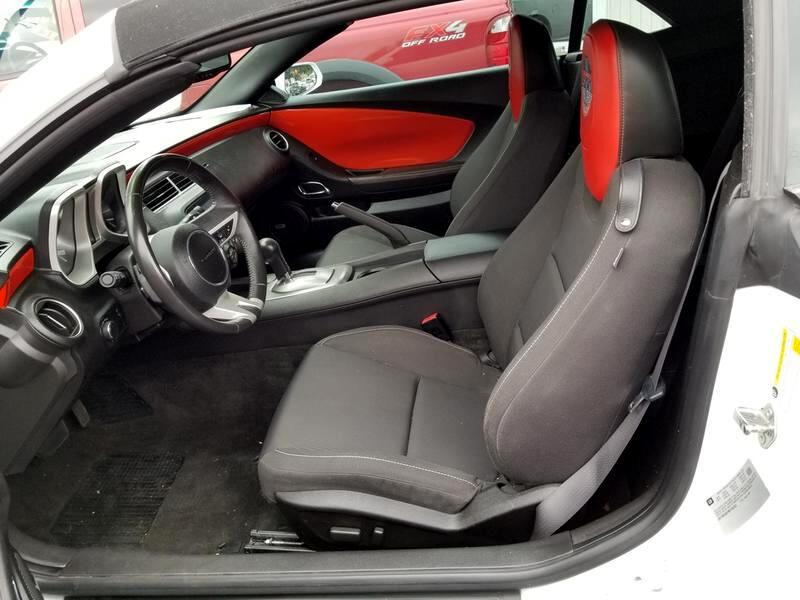 2011 Chevrolet Camaro 2dr Conv 1LT